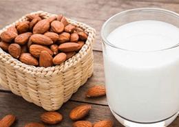 İnek Sütü Protein Alerjisinde Süt Yerine Tüketilebilecek Alternatif Besinler Nelerdir?